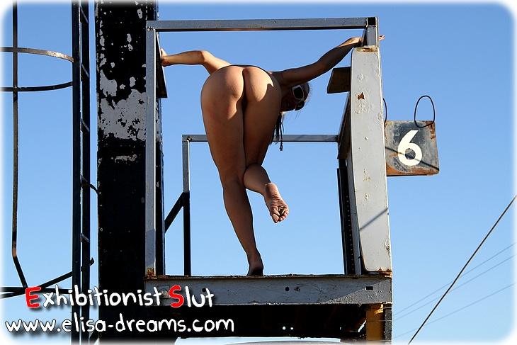 0033 Exhib et sexe lors dune journée de folie