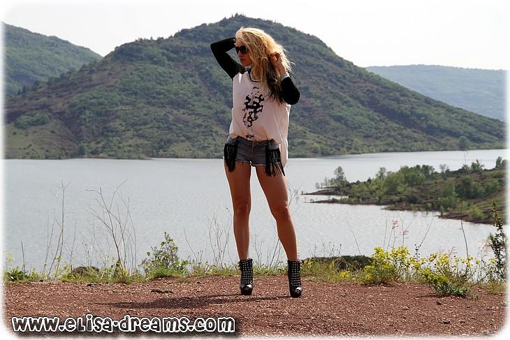 020 Shooting érotique au lac du Salagou