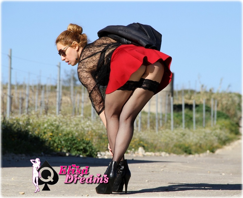 Image0098 Sexy sur une route de campagne