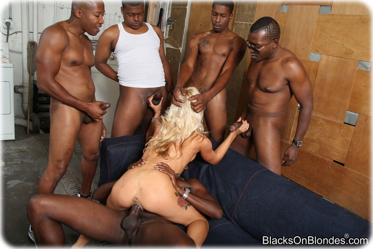 157 Zoey Portland gets gangbanged by several black men