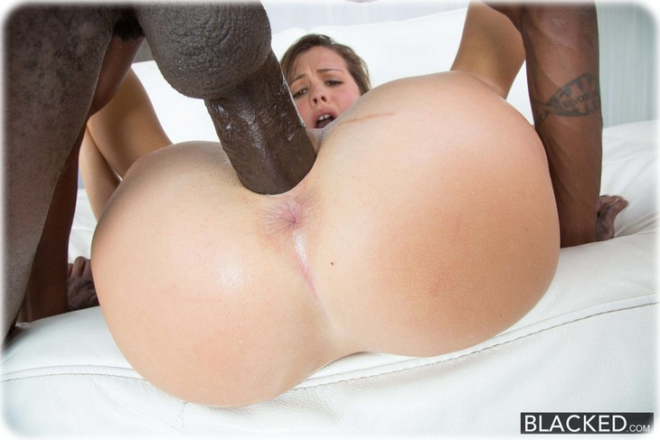 Slutty Keisha Grey gets fucked by a BBC