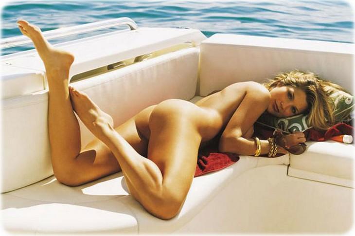 flavia alessandra 21 Flavia Alessandra nue pour Playboy Brésil